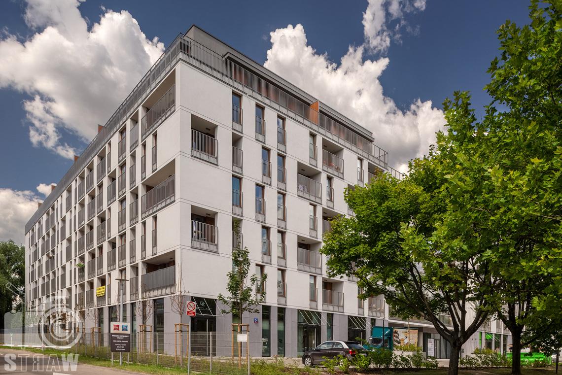 Fotografia architektury dla dewelopera unidevelopment, zdjęcia budynków w Warszawie, tu osiedle Awangarda na Ochocie..