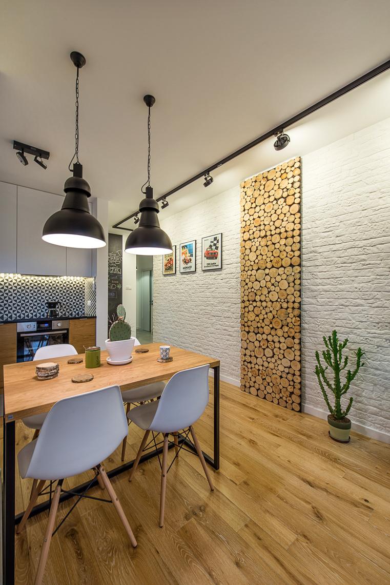 Fotografia mieszkań dla biur projektowych, sesja zdjęciowa wnętrz dla projektanta, jadalnia, drewno.
