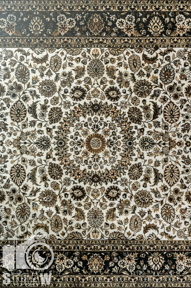 Fotografie z targów wyposażenia wnętrz Warsaw Home, relacja fotograficzna, unikalne dywan handh tiles mosaic.