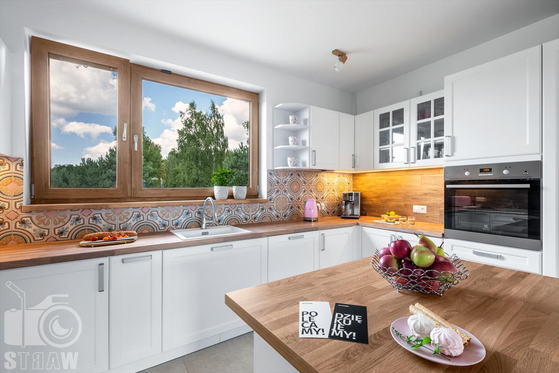Fotograf wnętrz mieszkalnych, zdjęcia dla producenta mebli kuchennych, podziękowanie dla klientów.