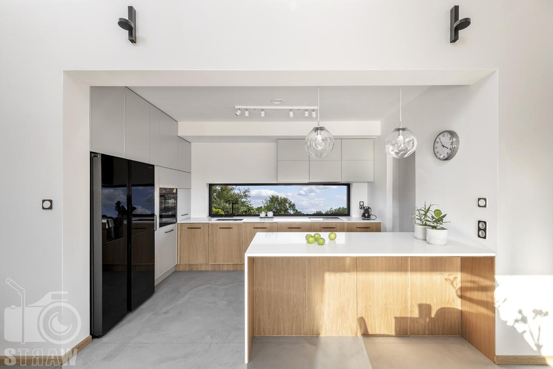 Fotografia wnętrz dla producenta mebli kuchennych, zabudowa kuchenna w otwartej kuchni.
