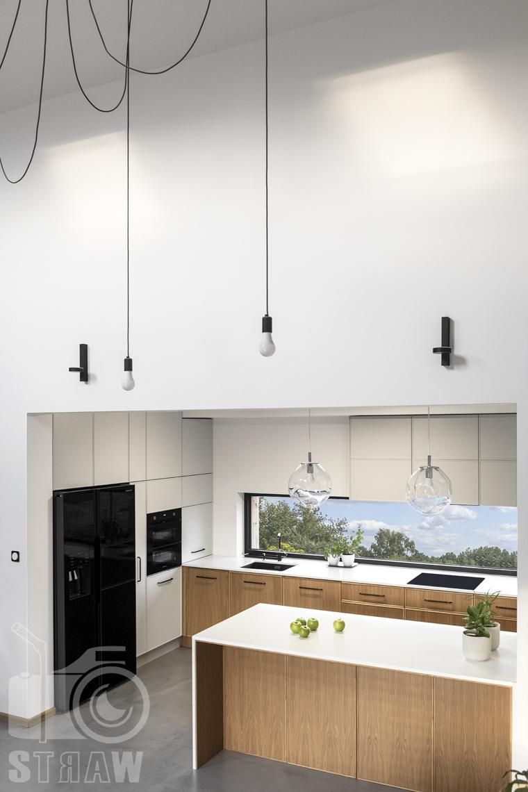 Fotografia wnętrz dla producenta mebli kuchennych, kuchnia, szafki, widok z góry.