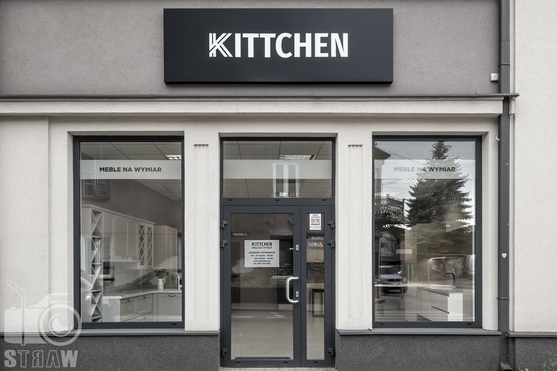 Kittchen Showroom – po pierwsze… w bieli