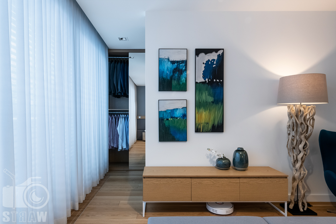 Zdjęcia wnętrz dla projektantów i architektów, sypialnia i garderoba.