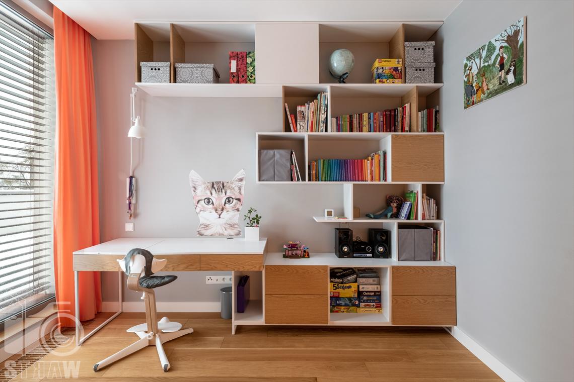 Zdjęcia wnętrz dla projektantów i architektów, pokój dziecka w wieku szkolnym.