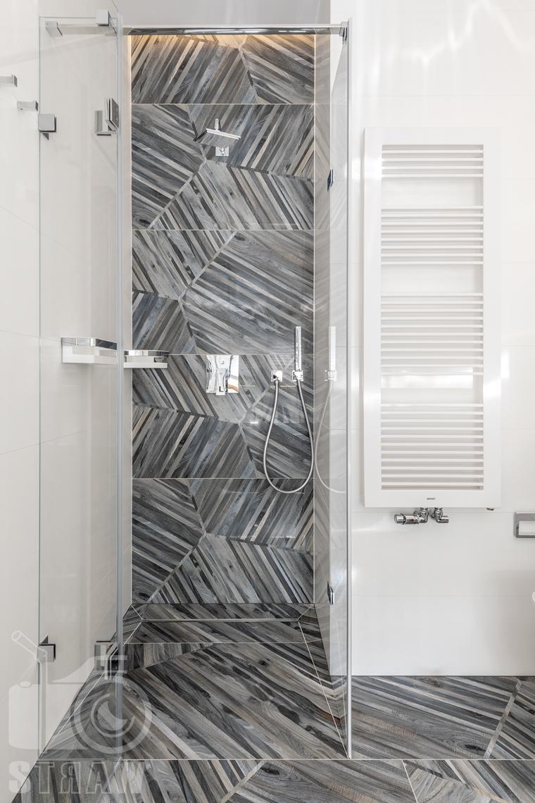 Fotografia wnętrz dla projektanta, zdjęcie kabiny prysznicowej.